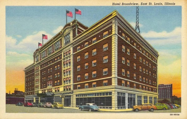Postcard view of the Broadview Hotel. Source: Theising Collection, University Archive, Southern Illinois University Edwardsville.